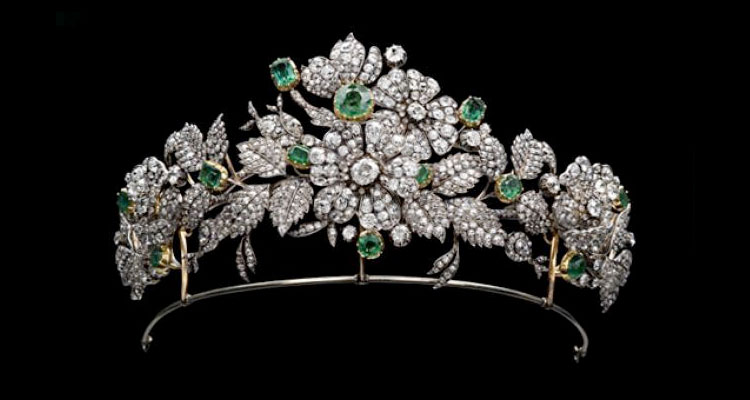A Glimpse of Wedding Jewelry Of The  Royal Families Image