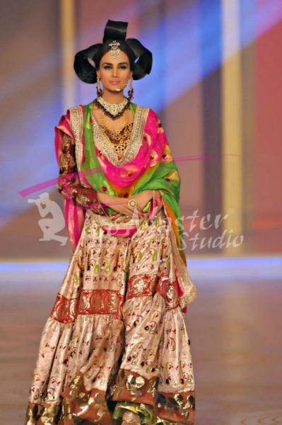 Nadya Mistry-Karachi